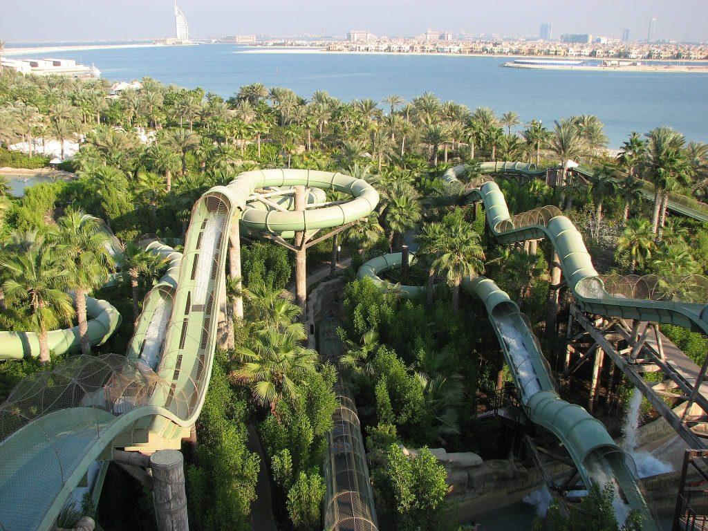פארק מים אטלנטיס אקווה ונטור בדובאי