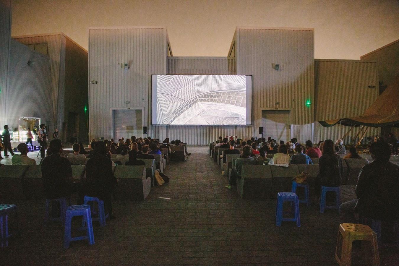 קולנוע על הגג בדובאי