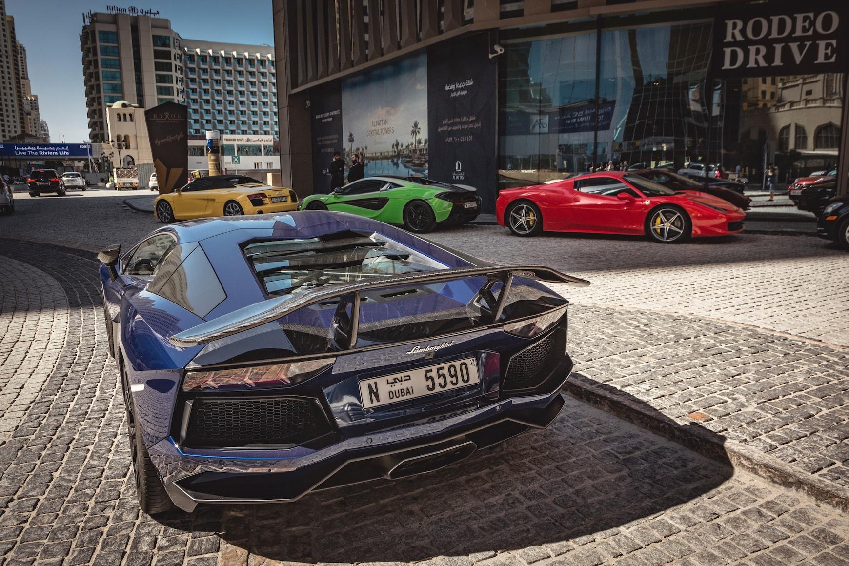 רכבי יוקרה בדובאי